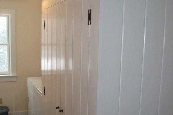 coat-closetB3F185CA-3F04-A351-7A6E-77F13015850F.jpg