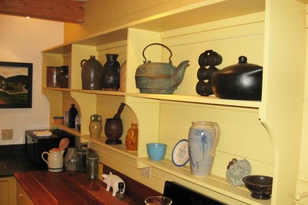 kitchen-shelvesD086EEB4-461B-7C99-7A3E-4FC9968E8DCD.jpg