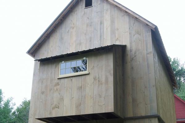 my-barn-se-side-1BC1FAB58-6D90-5413-30B5-4941CA1D4FB1.jpg