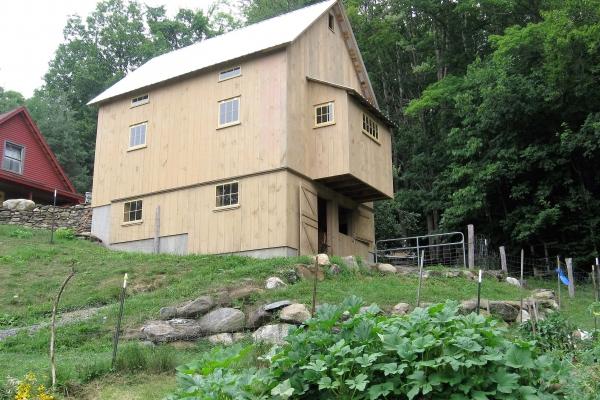 my-barn-se-side-3A853464F-6895-AAC7-801C-51F1041284F3.jpg