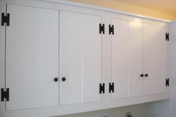 utility-room-cabinets437EA55E-ABD5-4AEF-1F5D-E66066D9DD2F.jpg